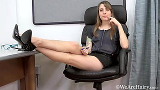 Pearl Sage strips naked in her office chair - WeAreHairy
