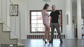 Bald stud licks soaking pussy of Lexi Luna before she rides him on top