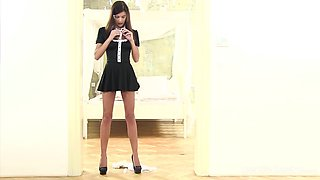 Beautiful brunette maid with great tits loves playing with