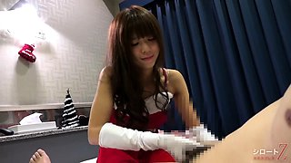 Enchanting Oriental teen in uniform gets fucked on the bed