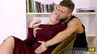 MATURE4K. Job interview ends for hot mature blonde with unplanned affair