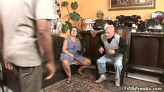 Granny Mammy wears glasses while being fucked by a black man
