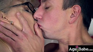 Robs throbbing cock drilled granny Violas vintage pussy