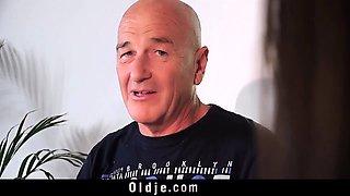 Teen fucks grandpa doggy missionary with facial
