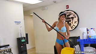 Incredible fucking with hot ass Latina cleaning lady Sophia Leone