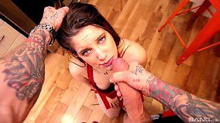 Hardcore fucking with tattooed Amanda Bellucci ends with a facial