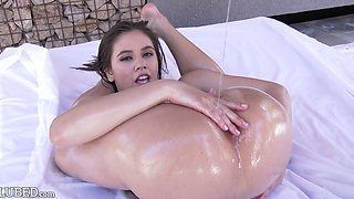 Lovely super flexible nympho is able to do splits while being fucked doggy