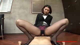 Office Lady In Pantyhose Rubbing Skinny Guy Cock With Her Ass And Pussy But