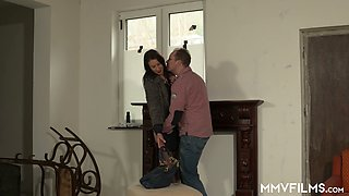Horny detective spies on the way cheating wife Valeria Jones is analfucked