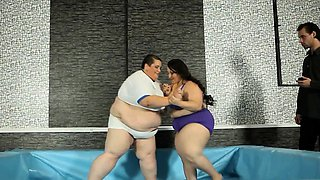 Fat wrestling plumper takes on ssbbw for cock