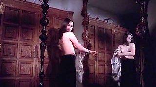 La Comtesse perverse (1976) - All nude scenes
