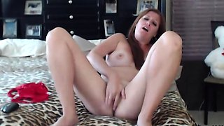 Sexy model with all natural tits start strip and roleplay