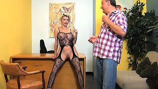 Office Sex 69 with Joslyn James