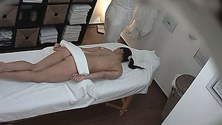 Young Teen Girl Gets Hard Fuck on Massage Table