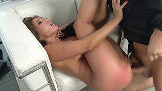 Akira Lane nailed by a big cock that fucks her so hard