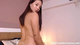 Innocent Teen first Squirt on Camera - more on Myfreesexcams