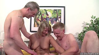 German Mom in Real Casting with Two bisexual strangers