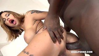 Tattooed blonde woman with big tits, Heidi Van Horny is getting two black dicks inside her
