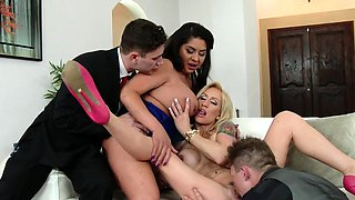 Swinger couples swap their wives The blonde wife gets her