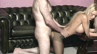 old man boss fuck girl in pantyhose