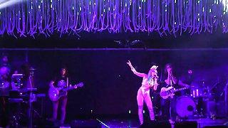 Miley Cyrus Performs Nude - Karen Don't Be Sad