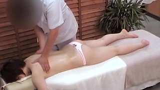Curvy Japanese gets some fun in voyeur massage video