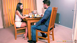 Hunky plumber has a massive dick this cheating wife loves