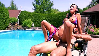 Thin beauty gets laid by the pool after a nice teaser