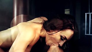 Lesbo mistress pussylicked by squirting slave